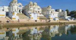 Best Family Hotels near Jaipur Railway Station - Raya Inn